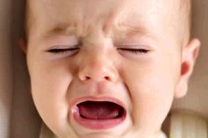 赤ちゃんの夜泣きに隠された腹黒い理由は!?対処方法も教えます!