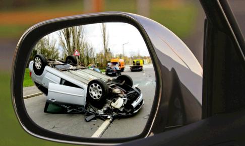無保険事故で修理費やレンタカー代などの請求額が払えない!体験談と解決策