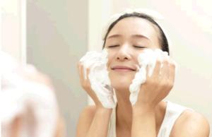 牛乳石鹸で洗顔!どんな効果?ニキビに効く?